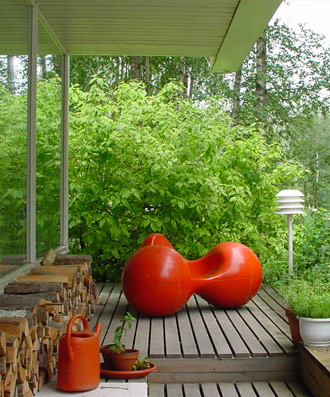 China replica modern design outdoor lounge tomato chair